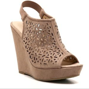 Chinese Laundry Midnight Dance Cut Out Wedge